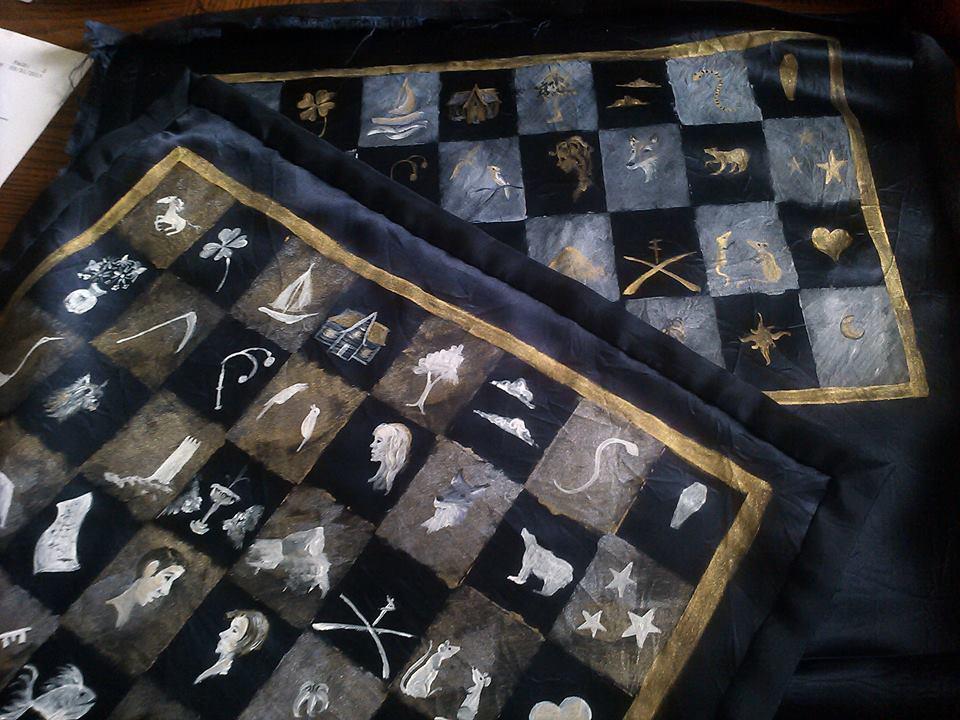 Beth Seilonen Lenormand cloth